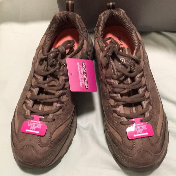 Skechers Dark Taupe Sneakers D'lites Sz 8 Wide NWT